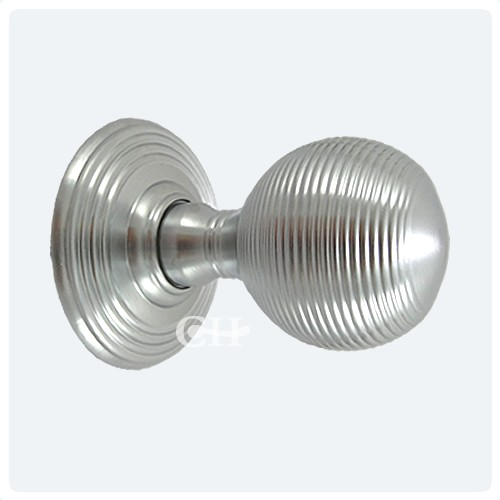 Satin Chrome Reeded Beehive Door S