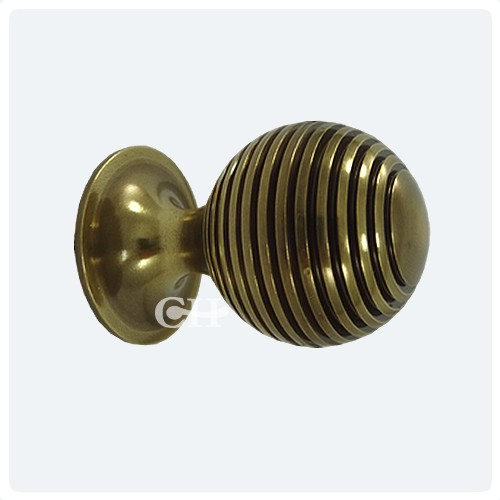 Antique Brass Unlaquered - British Handmade Reeded Beehive Cupboard Knobs In Brass Bronze