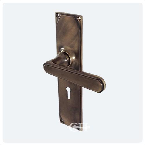 Antique Brass Unlaquered With Keyhole - British Handmade Art Deco Lever Door Handles In Nickel Chrome Brass