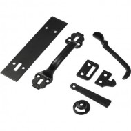 Kirkpatrick Thumb Latch on Backplate in Black Argent Or Pewter